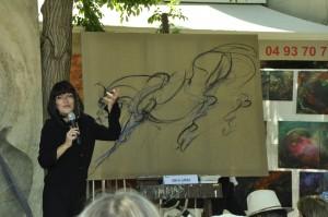 Anca-Sonia créant une oeuvre en direct (cheval 120X120cm) - Festival Arts en Siagne - Saint-Cézaire - 28/06/2015